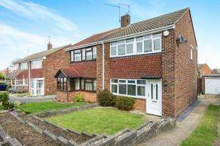 3 Bedrooms Semi Detached House for sale in Norah Lane, Higham, Rochester, Kent