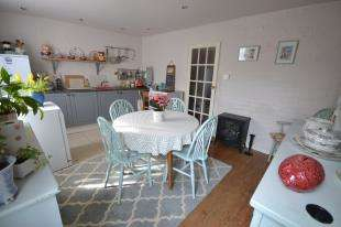 1 Bedroom Terraced House for sale in Middle Cottage, High Street, Ticehurst