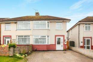 3 Bedrooms Semi Detached House for sale in Osborne Road, Willesborough, Ashford, Kent