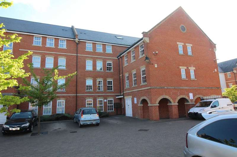 2 Bedrooms Apartment Flat for rent in Florey Gardens, Aylesbury (REDUCED REFERENCING FEES)