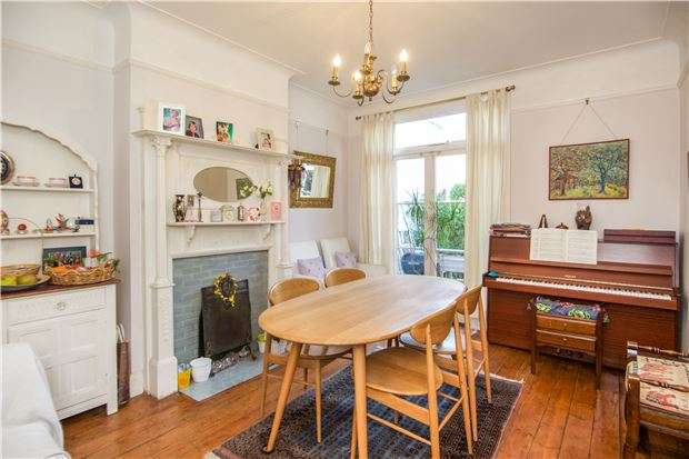 3 Bedrooms Terraced House for sale in Wimbledon Park Road, LONDON, SW18 5RL