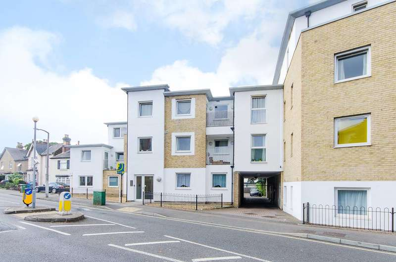 2 Bedrooms Flat for sale in Oakhill Road, Sutton, SM1