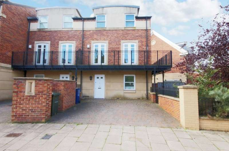 4 Bedrooms Town House for rent in Gosforth, Newcastle NE3