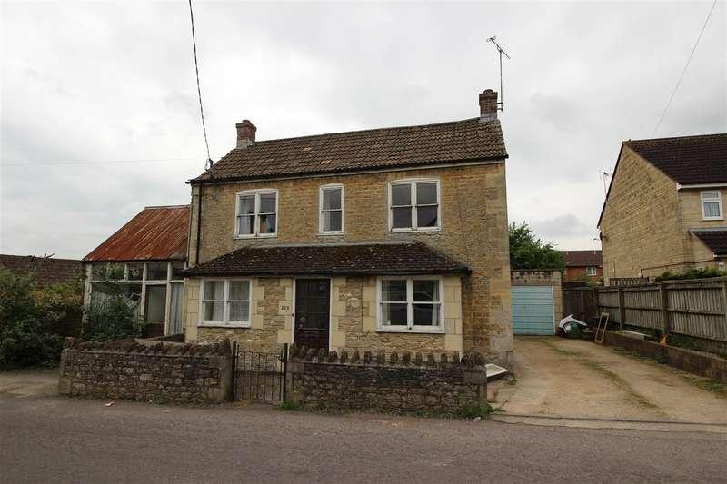 4 Bedrooms Property for sale in Wood Lane, Chippenham