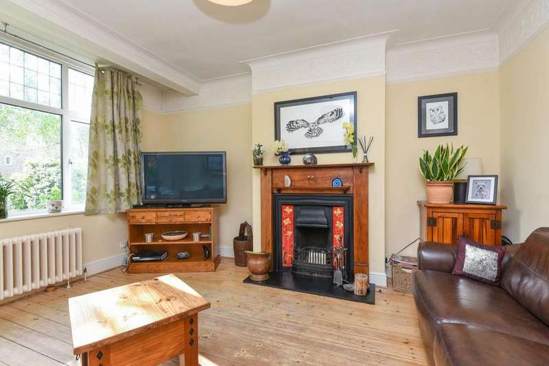 4 Bedrooms Terraced House for sale in Thornton Road, Balham, SW12