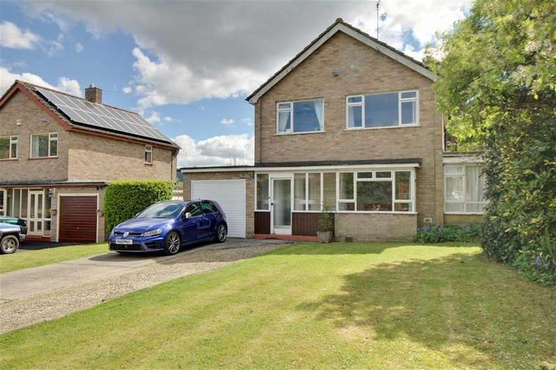 3 Bedrooms Detached House for sale in Churchfield Road, Upton St Leonards, Gloucester