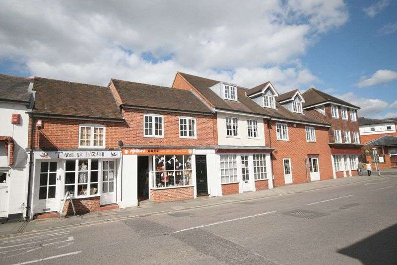 2 Bedrooms Flat for sale in Downing Street, Farnham