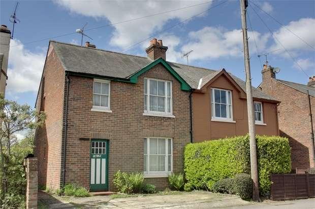 3 Bedrooms Semi Detached House for sale in Edward Road, Farnham, Surrey