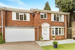 4 Bedrooms End Of Terrace House for sale in All Saints Drive, Sanderstead, South Croydon, .