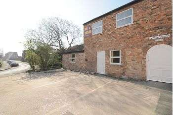1 Bedroom Maisonette Flat for sale in Lowther House, York, YO31
