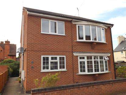 2 Bedrooms Maisonette Flat for sale in Lady Bay Road, West Bridgford, Nottingham