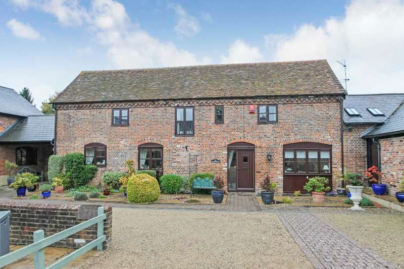 4 Bedrooms Barn Conversion Character Property for sale in Peggs Lane, Buckland
