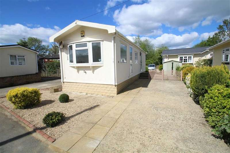 1 Bedroom Park Home Mobile Home for sale in Mayfield Park, West Drayton, Middlesex