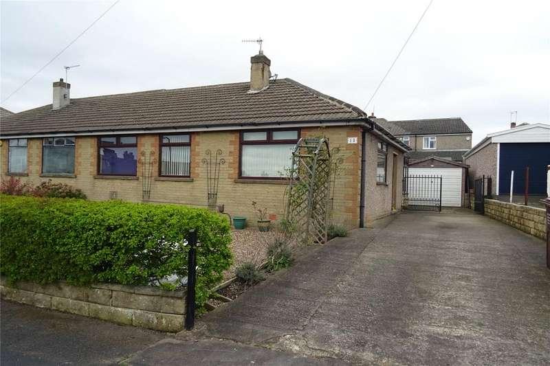 3 Bedrooms Semi Detached Bungalow for sale in Flockton Crescent, Bradford, West Yorkshire, BD4