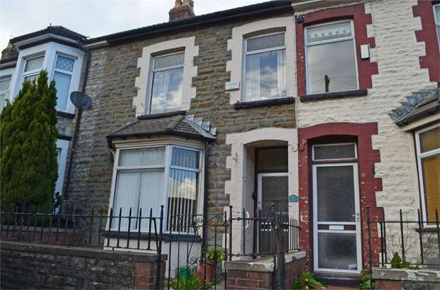 3 Bedrooms Terraced House for sale in Excelsior Terrace, Maerdy, Ferndale, Mid Glamorgan