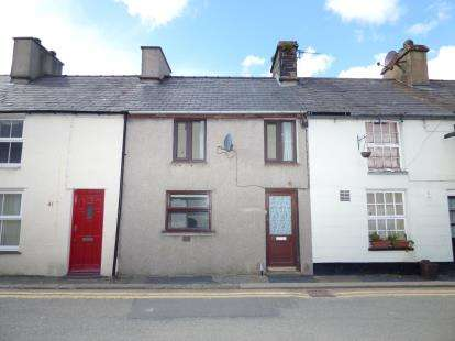 2 Bedrooms Terraced House for sale in Carneddi Road, Carneddi, Bethesda, Gwynedd, LL57