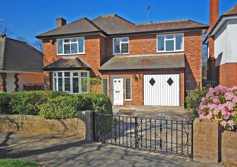 4 Bedrooms Detached House for sale in FOLEY AVENUE, Tettenhall Wood, Wolverhampton WV6