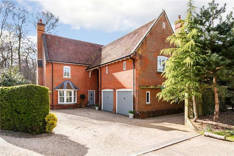 4 Bedrooms Detached House for sale in Hazel Grove, Kingwood, Henley-on-Thames, Oxfordshire, RG9