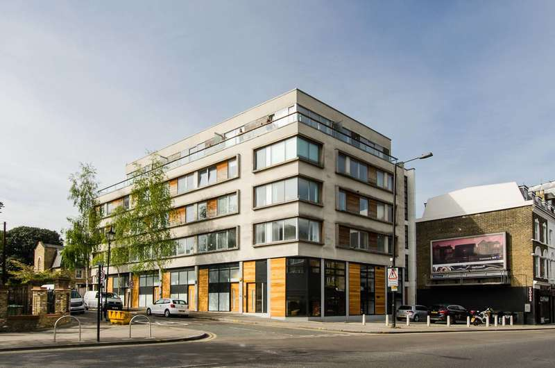 2 Bedrooms Flat for sale in Northbourne Road, Clapham, SW4