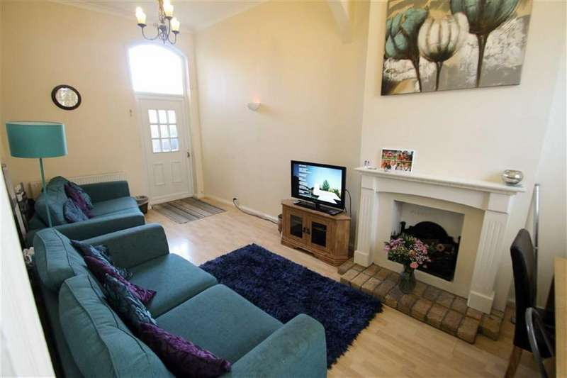 4 Bedrooms Semi Detached House for sale in Holland Road, East Clacton