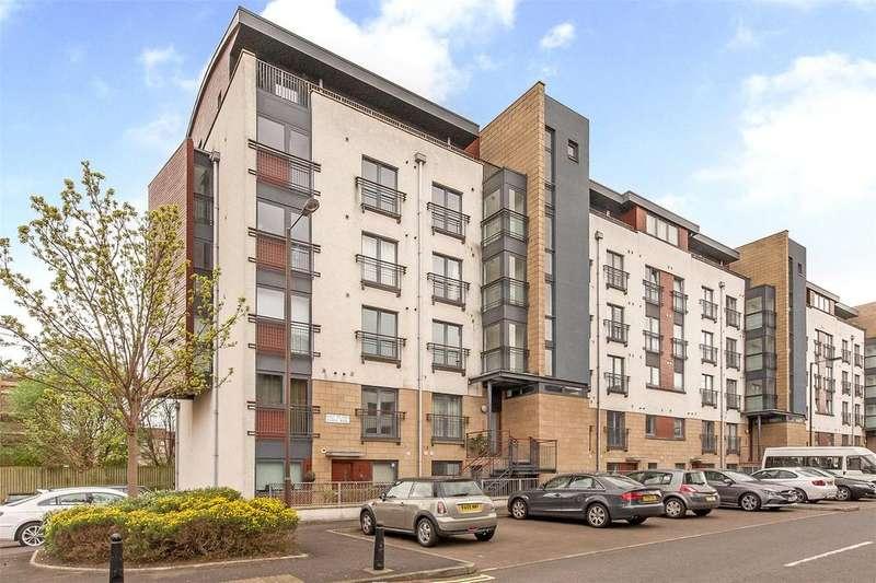 3 Bedrooms Apartment Flat for sale in 3 East Pilton Farm Rigg, Edinburgh, EH5