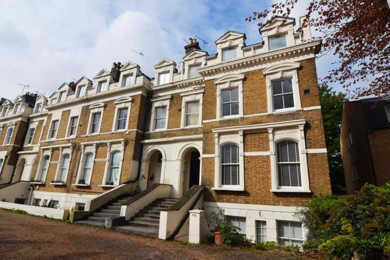 1 Bedroom Flat for sale in Twickenham Road, Teddington, TW11