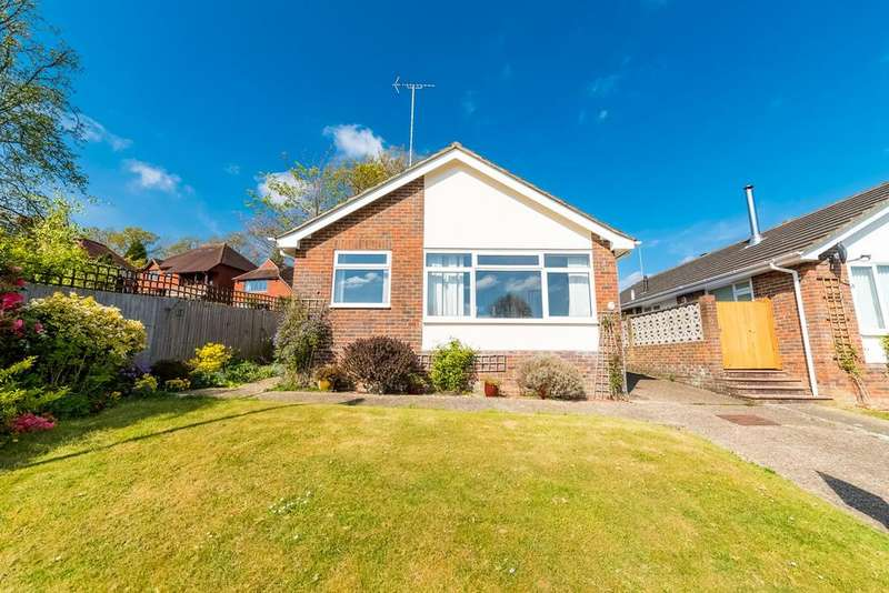 2 Bedrooms Detached Bungalow for sale in Barrington Road, Lindfield, Haywards Heath, RH16