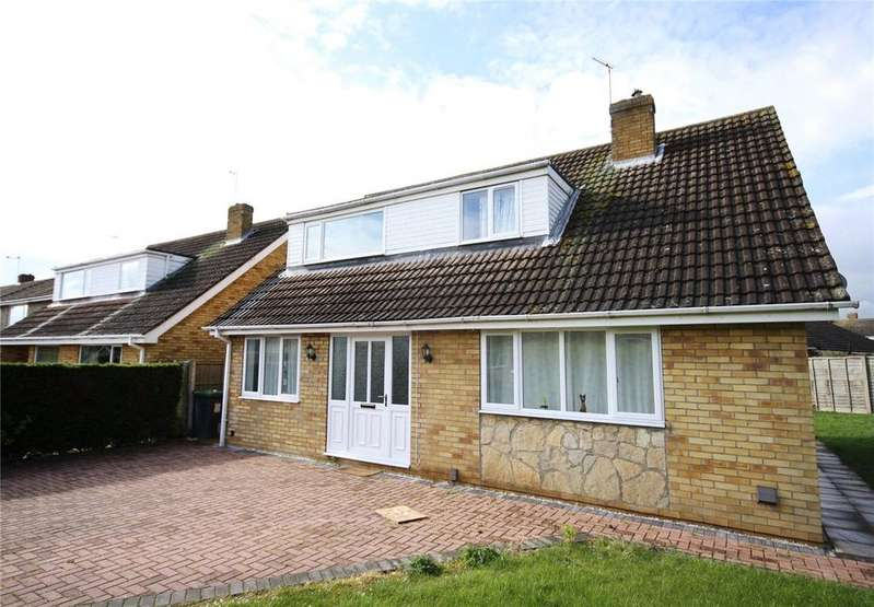 4 Bedrooms Detached House for sale in Pine Close, Brant Road, Waddington, Lincoln, LN5