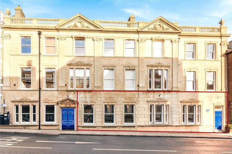 3 Bedrooms Apartment Flat for sale in 59-60 High West Street, Dorchester, Dorset