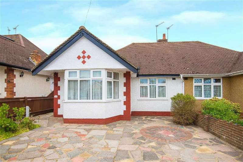 2 Bedrooms Semi Detached House for sale in Sherborne Way, Croxley Green, Hertfordshire