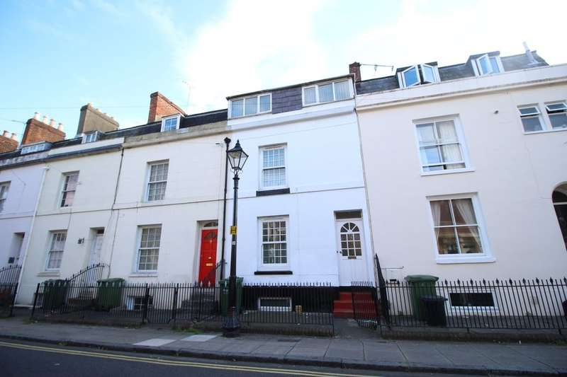 6 Bedrooms Property for rent in Brougham Road, Southsea, PO5