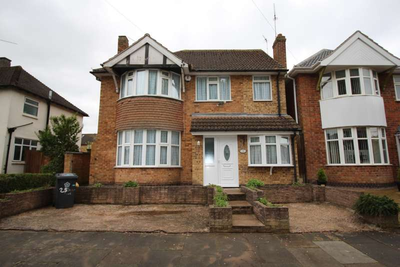 4 Bedrooms Detached House for sale in Withcote Avenue, Leicester, LE5