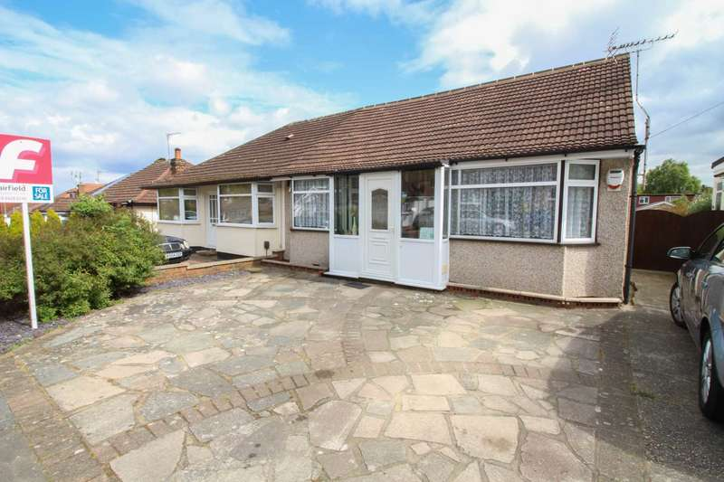 3 Bedrooms Semi Detached Bungalow for sale in St Georges Drive, Carpenders Park