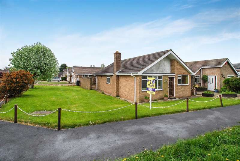 3 Bedrooms Bungalow for sale in Sea Road, Chapel St Leonards, Skegness