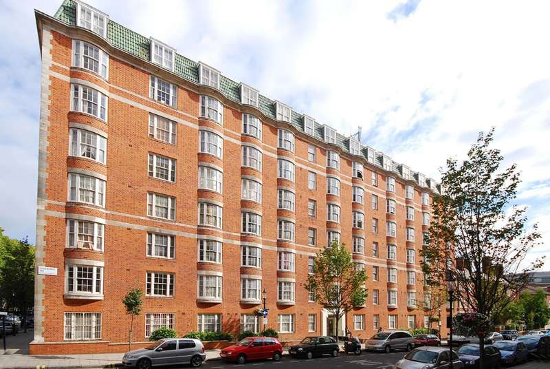 1 Bedroom Flat for sale in Queensway, Bayswater, W2