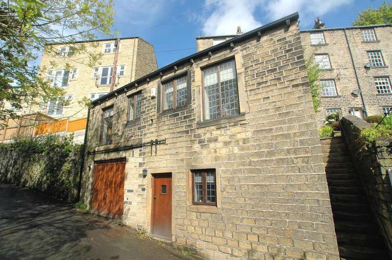 1 Bedroom Cottage House for sale in The Old Coach House, Back Lane, Ripponden HX6