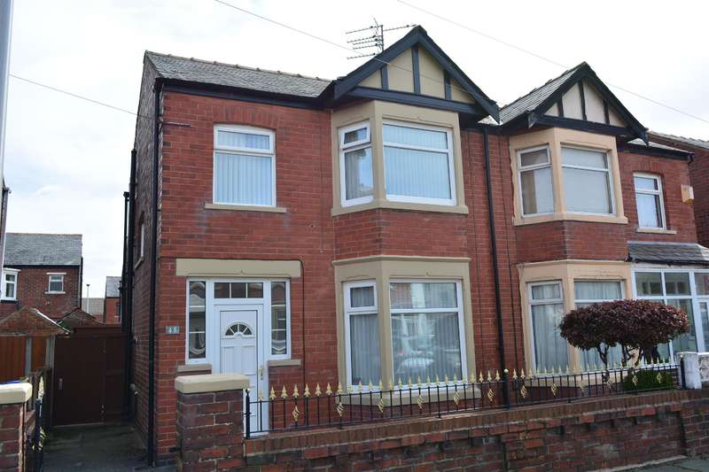 3 Bedrooms Semi Detached House for sale in Kingston Avenue, South Shore, Blackpool, FY4 2QB