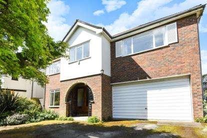 5 Bedrooms Detached House for sale in Manor Way, Beckenham