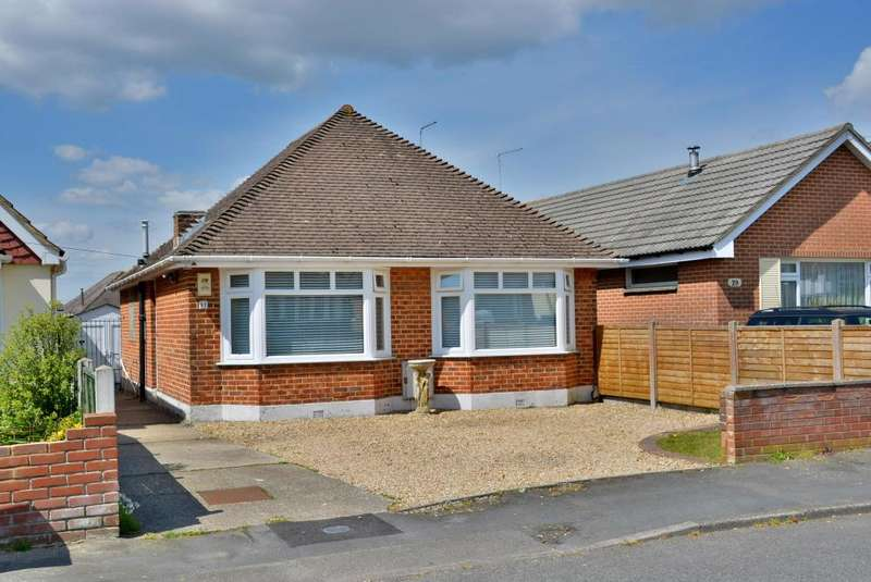 3 Bedrooms Detached Bungalow for sale in Somerby Road, Oakdale, Poole