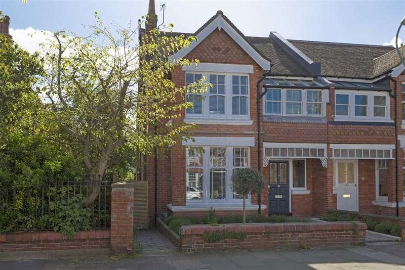 4 Bedrooms Semi Detached House for sale in Pembroke Crescent, Hove