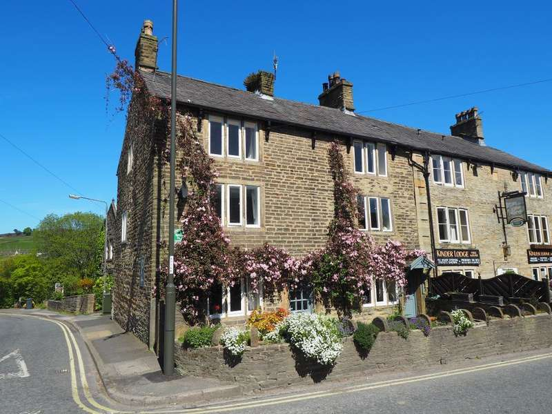 3 Bedrooms End Of Terrace House for sale in New Mills Road, Hayfield, High Peak, Derbyshire, SK22 2JG