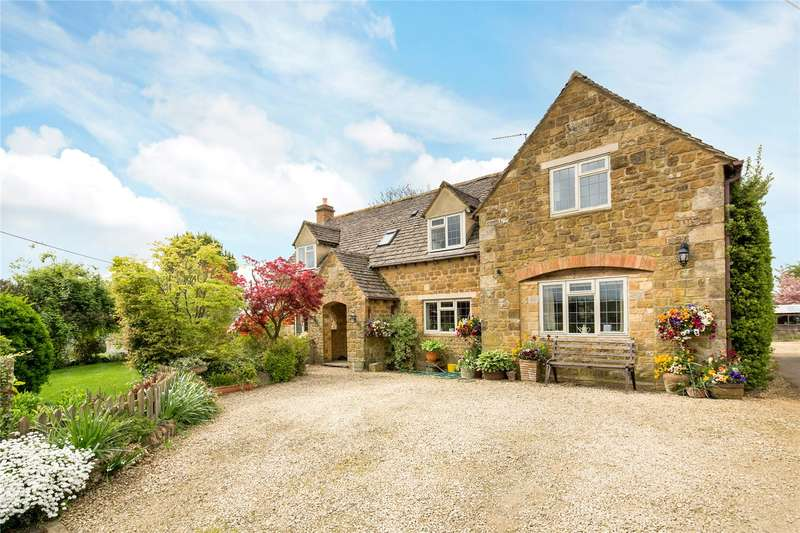 4 Bedrooms Detached House for sale in Ebrington, Chipping Campden, Gloucestershire, GL55
