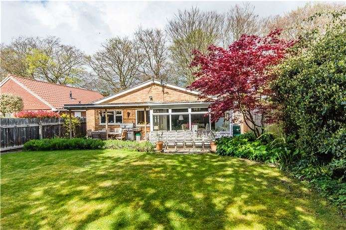 3 Bedrooms Detached Bungalow for sale in Coppice Avenue, Great Shelford