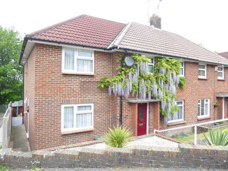 4 Bedrooms Semi Detached House for sale in The Meadows, Lewes