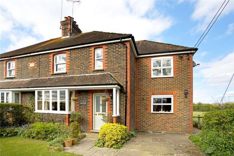3 Bedrooms Semi Detached House for sale in Oakview, Two Mile Ash Road, Barns Green, RH13