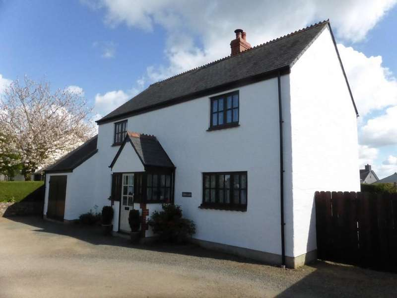 4 Bedrooms Detached House for sale in Lewdown