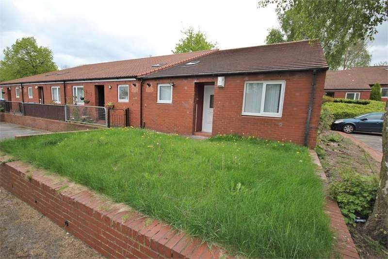 3 Bedrooms End Of Terrace House for sale in Stonelea, Windmill Hill, RUNCORN, Cheshire
