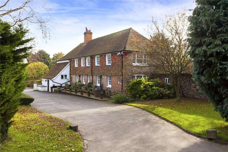 6 Bedrooms Detached House for sale in Alkham, Nr Folkestone, Kent