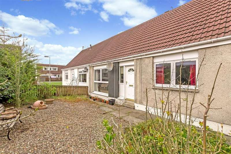 3 Bedrooms Semi Detached House for sale in 22 MacFarlane Place, Uphall, Broxburn, EH52