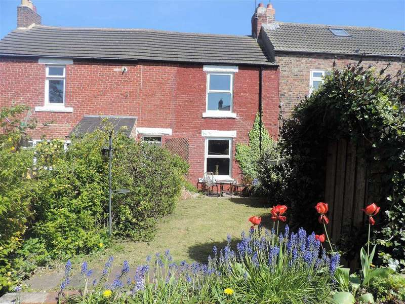 2 Bedrooms Terraced House for sale in Spoors Cottages, Whickham, Newcastle Upon Tyne